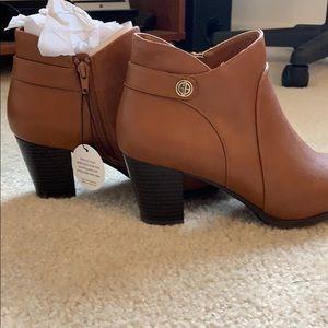 Giani Bernini Leather Tan boots